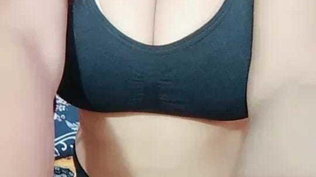Desi_Diva_Loli